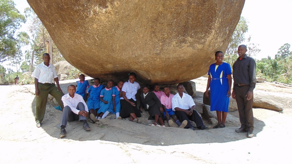 The Water Project : kenya4327-06-both-pupilsteachers-and-wewasafo-staff-at-a-beautiful-spot-in-elukho-primary-school