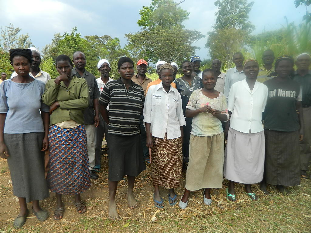 The Water Project : kenya4338-02-burundu-community-members