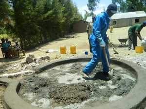 The Water Project : kenya4339-33-concrete-laying