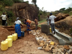 The Water Project : kenya4299-65-kee-3-shallow-well