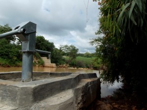 The Water Project : kenya4307-11-kee-2-shallow-well-complete