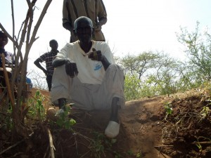 The Water Project : kenya4309-38-shallow-well