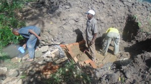 The Water Project : kenya4371-14-masons-at-work