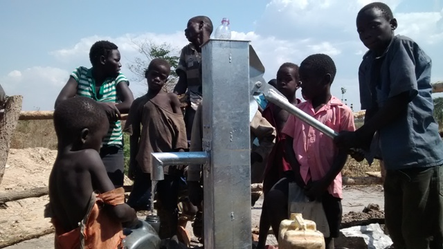 The Water Project : uganda680-23-well-complete