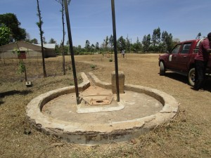 The Water Project : kenya4344-01-borehole-area