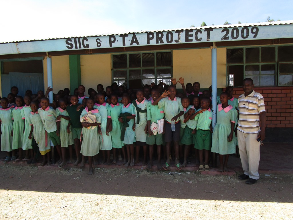 The Water Project : kenya4346-09-samitsi-primary-school-pupils-2
