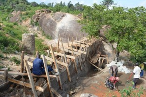 The Water Project : kenya4385-08-kithuani-construction