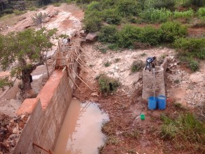 The Water Project : kenya4385-09-kithuani-construction