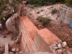 The Water Project : kenya4385-14-kithuani-construction