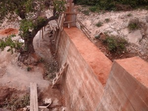 The Water Project : kenya4385-15-kithuani-construction