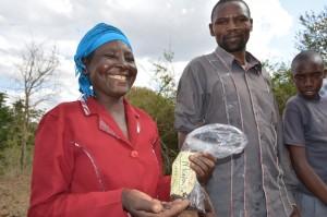 The Water Project : shg-matoma-nyumba-kumi_seedlings-distribution_june-2015-25