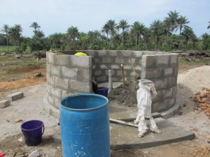 The Water Project : sierraleone5070-39-concrete-construction