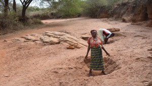 The Water Project : collecting-water-from-scoop-holes-kwa-mutunga-gabion-project-shg-6