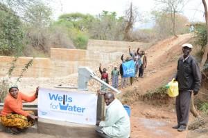The Water Project : kenya4312-07-matoma-nyumba-kumi-well-complete