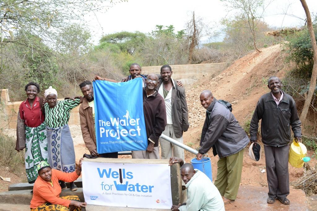 The Water Project : kenya4312-08-matoma-nyumba-kumi-well-complete