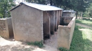 The Water Project : kenya4325-06-old-latrines