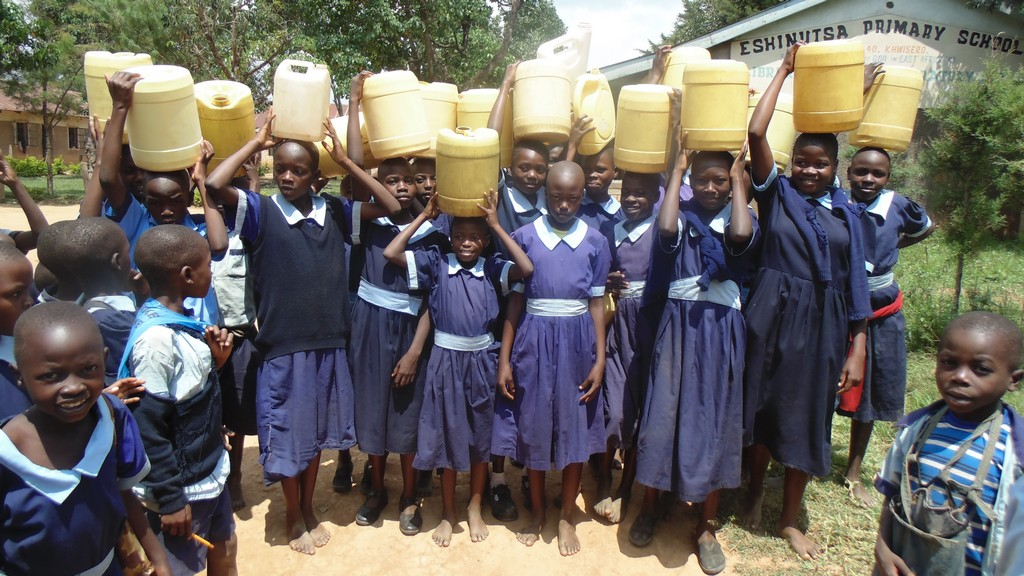 The Water Project : kenya4326-97-students-ready-to-get-water