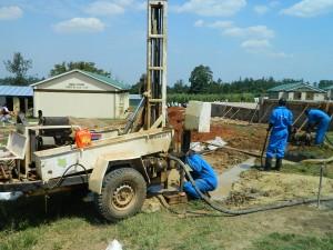 The Water Project : kenya4365-27-samitsi-girls-drilling-work-on-progress