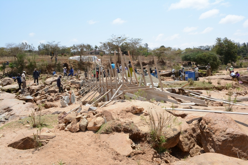 The Water Project : kenya4384-05-musunguu-construction
