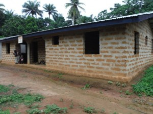 The Water Project : sierra-leone5072-16-umc-school-church-newer-bigger-bldg-to-rent