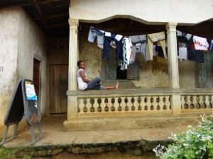 The Water Project : sierraleone5061-07-clothsline-2
