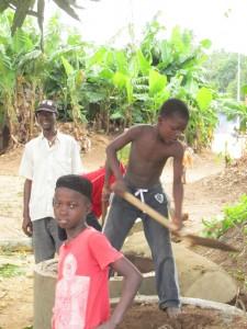 The Water Project : sierraleone5061-58
