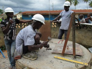 The Water Project : sierraleone5061-73