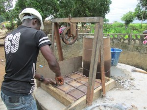 The Water Project : sierraleone5061-77