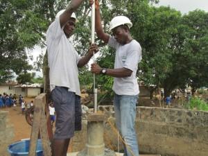 The Water Project : sierraleone5061-81