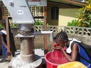 The Water Project : sierraleone5061-86