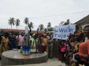 The Water Project : sierraleone5061-93