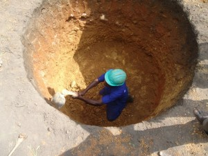 The Water Project : uganda684-07-waiga-excavation