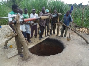 The Water Project : uganda684-08-waiga-excavation