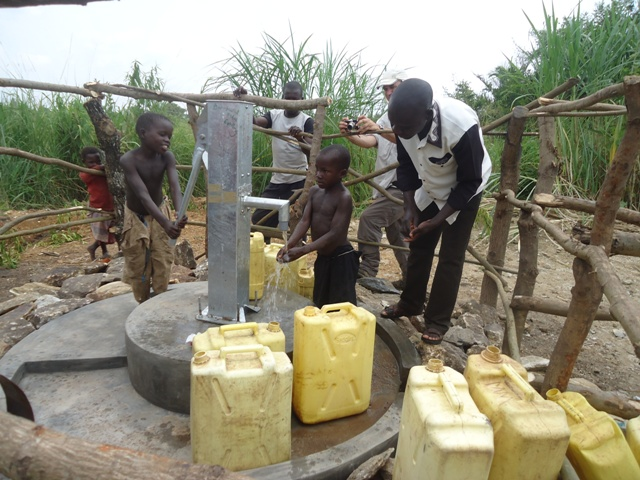 The Water Project : uganda684-20-waiga-clean-water