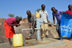The Water Project : kenya4315-05-kithuani-shallow-well-pictures
