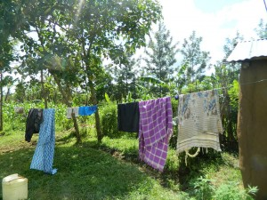 The Water Project : kenya4338b-52-clothline