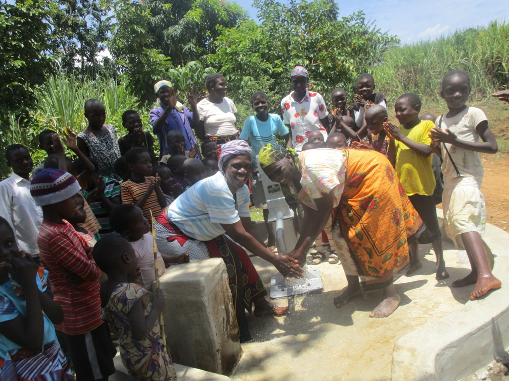 The Water Project : kenya4355-52-mwembeni-community-handing-over