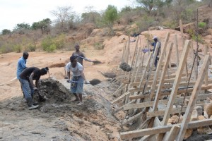 The Water Project : kenya4388-01-itoo-shg-sd-progress