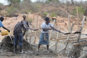 The Water Project : kenya4388-02-itoo-shg-sd-progress