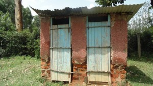 The Water Project : kenya4404-19-latrines