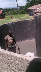 The Water Project : kenya4404-22-tank-construction