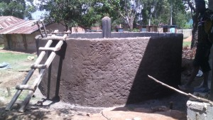 The Water Project : kenya4404-26-tank-construction