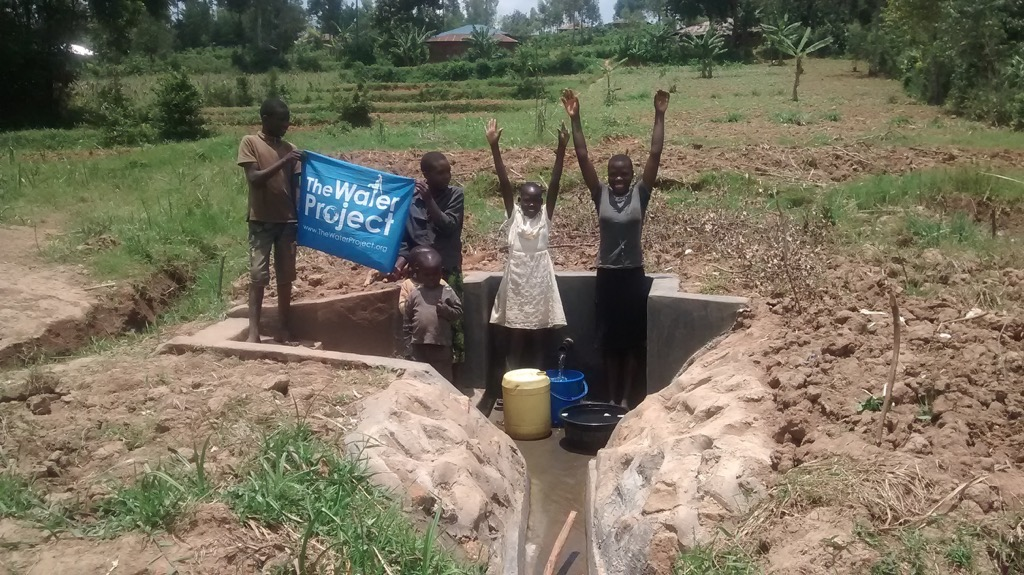 The Water Project : kenya4411-22-completed-project