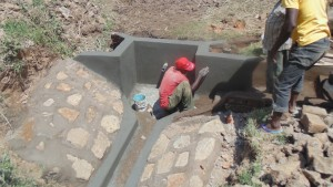 The Water Project : kenya4431-15-construction
