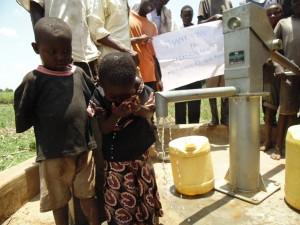 The Water Project : kenya4452-104-mutsuma-community-dedication