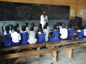 The Water Project : sierraleone5061-111-learning-the-hygiene-song