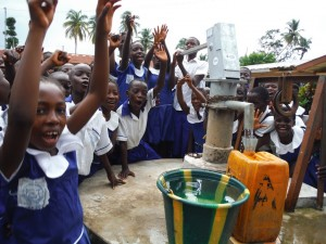 The Water Project : sierraleone5061-117-clean-water