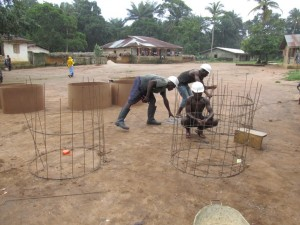 The Water Project : sierraleone5066-29-rehabilitation-work