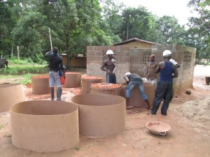 The Water Project : sierraleone5066-37-rehabilitation-work
