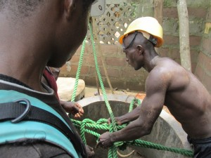 The Water Project : sierraleone5066-39-rehabilitation-work